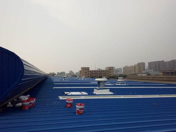 金属屋面防水施工